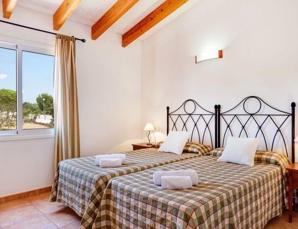 villa-menorca-sur-T3-dormitorio