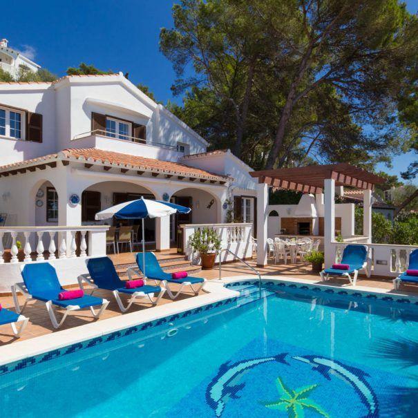 Villa Bonita Apartments: Villa To Rent In Menorca