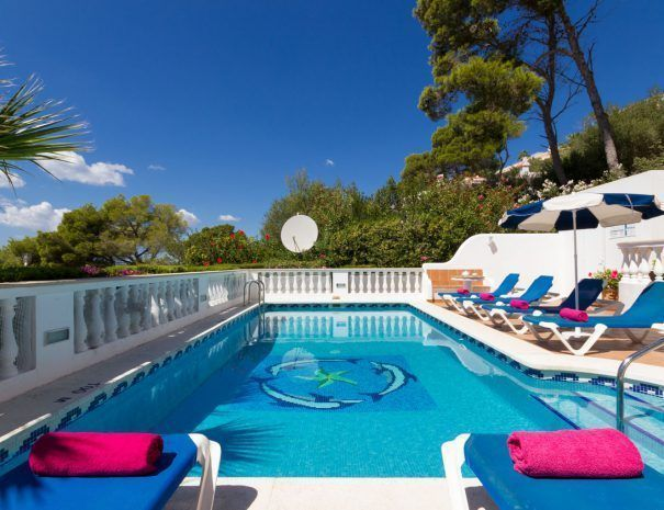 villa-bonita-piscina-1