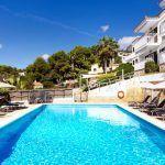 Piscina apartamentos Sunset Suites Premium